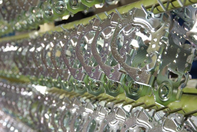 Verzinken als Korrosionsschutz von Aalberts Process Technologies